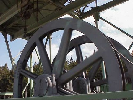 Bild 5: Förderräder im Kalkwerk Lengefeld der Fa. GEOMIN GmbH Lengefeld