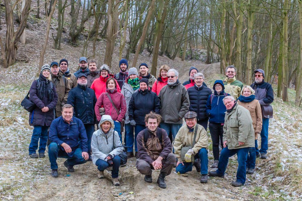 Exkursionsgruppe im Steinbruch Rauen in Witten-Gedern (Foto: H. Gerschel)