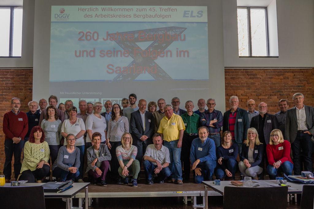 Die Tagungsteilnehmer bei der Vortragsveranstaltung im Gemeindesaal Nalbach (Foto: H. Gerschel)